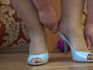 Mind-blowing obese gams have fun with a ball. A uber-cute pedicure, skinny nylon and high