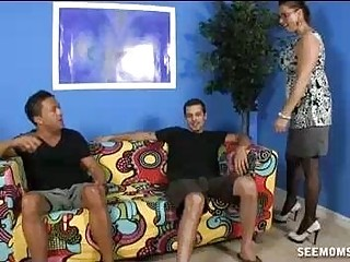 Stepmom Wants To Suck The Thick Cock Of  Guest
