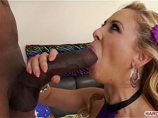 Humungous ebony bone crammed Cherie DeVille&#039_s brown-eye