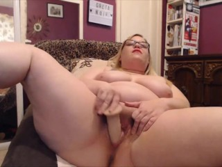 Plumper dominatrix MILF Greta Noir close to filthy House of Commons assfucking