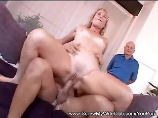 Hotwife Swinger Demonstrates Sex For Hubby