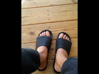 Caramel toes