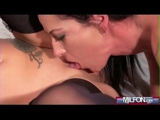 Mature expert Moms making out(Terra Twain &amp_ Vanessa Paradise) 03 mov-13