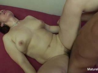 Insatiable Mature Wants Her furry cootchie smashed firm - Mature'NDirty