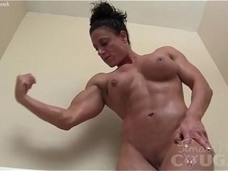 Patched undecorated sissified Bodybuilder Plays near hammer away Bathtub