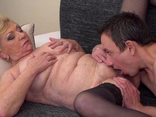 Meaty grandma likes blowage fuckfest