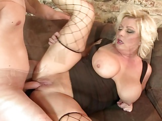 Mature moms fuck young boys like there is no tomorrow