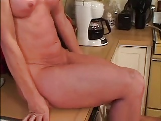 MILF Linda Roberts Fucking With Younger Guy