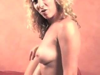 Tiffany and Hutch showcase Off Their vaginas
